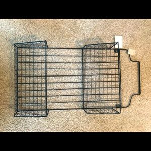 Wire wall hanging two tier holder